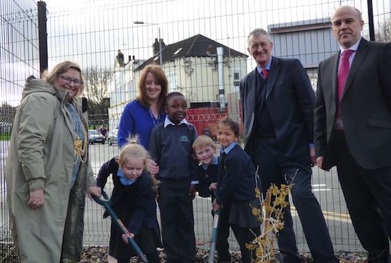 Lord Mayor Cllr Judith Chapman, Headteacher Asa Britton and Hilary Benn MP with Summer Cooper, Muskhan Jain, Jack Johnson and Ousman Manjong