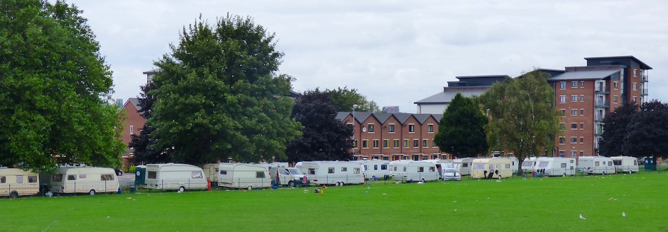 travellers-on-holbeck-moor