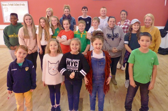 The Hunslet Club pantomime cast